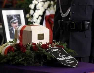 Brak najwyższych władz na pogrzebie gen. Ścibora-Rylskiego. Ostre słowa...