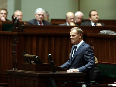 Tusk apeluje do Kaczyńskiego: zakończmy wojnę o Smoleńsk