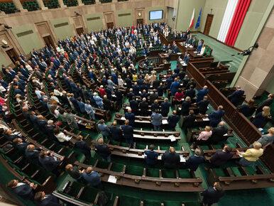 Sejm. Nowi posłowie i posłanki złożyli ślubowanie