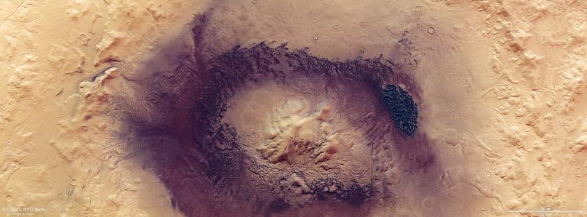 Krater Moreux na Marsie
