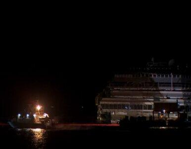 Włochy: Costa Concordia postawiona do pionu