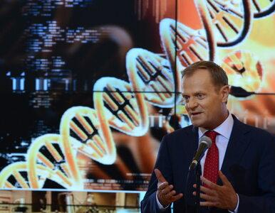 Tusk i Komorowski tracą poparcie Polaków