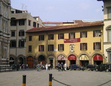Włochy: Amerykanin zniszczył XIV-wieczny posąg. Złamał mu palec