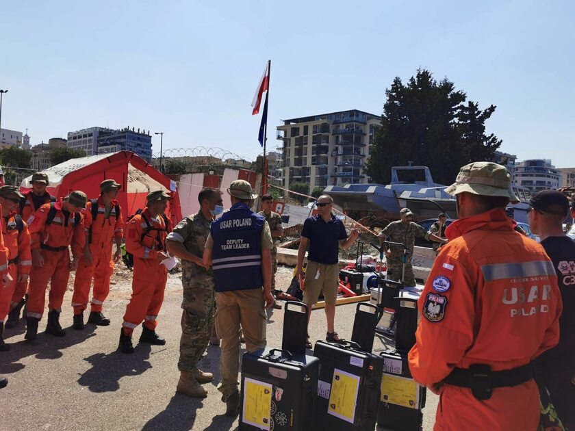 Polscy strażacy w Bejrucie