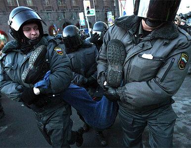 """Krzyczeli: """"Putin - wstyd!"""". 550 osób zatrzymanych"""