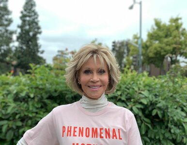"""Jane Fonda mówi """"nie"""" operacjom plastycznym. """"Nie mogę udawać, że nie..."""