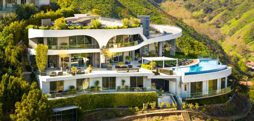 Nowy dom Travisa Scotta w Brentwood w Los Ageles