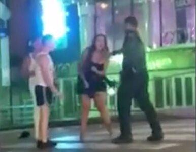 Młoda kobieta zaatakowana przez policjantów. Chciała tylko zapobiec...