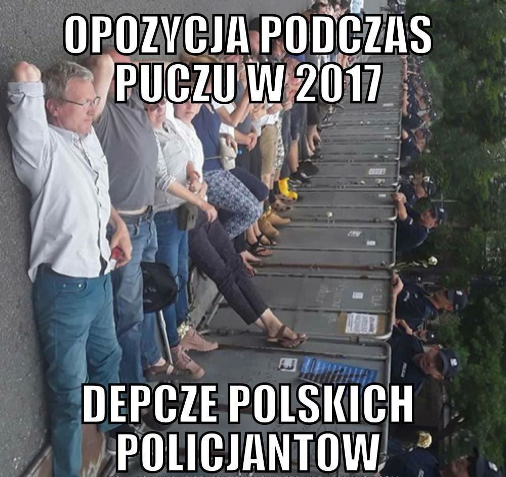 Andrzej Duda zawetował dwie ustawy. Memy po decyzji prezydenta