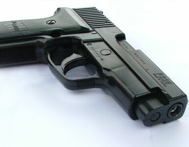 Francuska policja wykryła magazyn nielegalnej broni