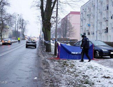 Mercedes potrącił na przejściu dla pieszych prawidłowo idącą  kobietę....