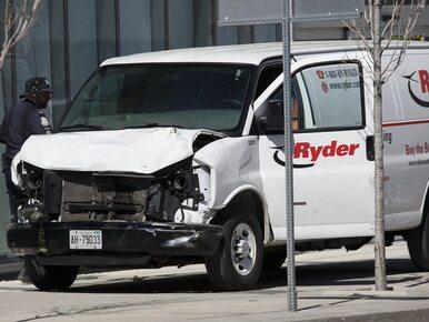 Masakra w Toronto. Przejechał 2 km chodnikiem, zabił 10 osób. Policja...