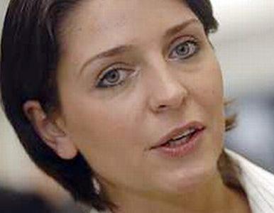 Poseł PiS: minister Mucha odleciała kompletnie