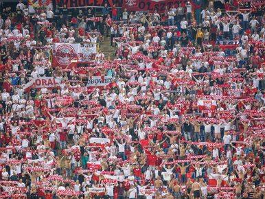 UEFA ukarała PZPN za zachowanie kibiców. Chodzi o race i rasistowskie hasła