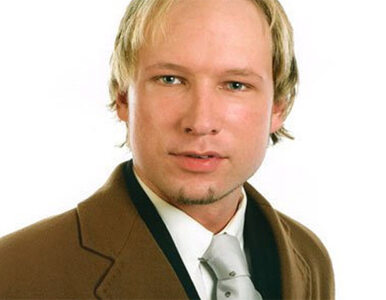 Norweska telewizja ujawniła wideo z zamachu Breivika