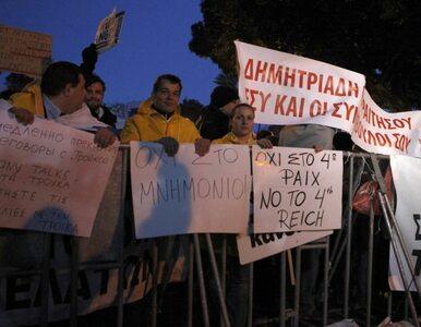 Cypr: związkowcy protestują. Uderzą w banki?