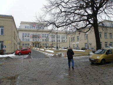 Warszawa. Policja pilnuje w szpitalu noworodka i jego matki....