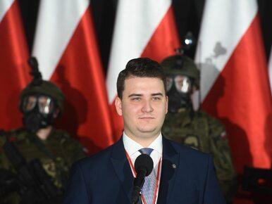 """""""Misiewicz będzie zarabiał 50 tys. zł"""". PGZ dementuje, a były rzecznik..."""