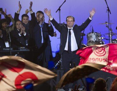 Komorowski zaprosił Hollande`a do Polski