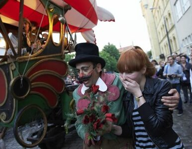 Teatr Polonia promuje się na Placu Konstytucji