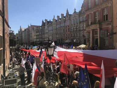 """ONR w Stoczni Gdańskiej, antyfaszystowski marsz w odpowiedzi. """"Nie..."""