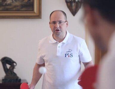 """Bielan gra z Morawieckim w ping-ponga. """"Walczę o 3 miliardy euro"""""""