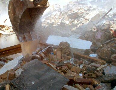Zniszczony blok w Bytomiu wciąż czeka na rozbiórkę. Firma wycofała się