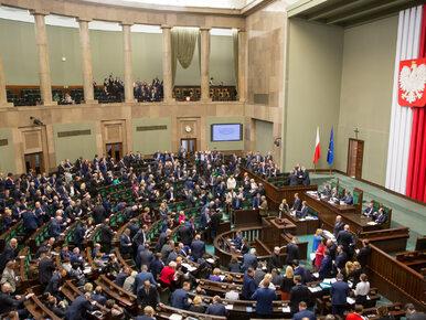 """Nowe standardy w Sejmie i nowa świecka tradycja, czyli """"Zdarzyło się jutro"""""""