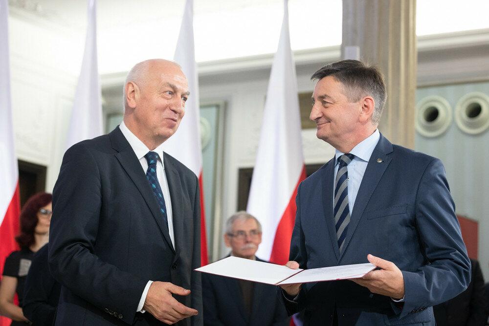 Marek Kuchciński odbiera nominację poselską