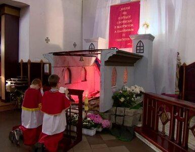 Grób Pański nawiązujący do spalonej katedry Notre Dame we wrocławskim...