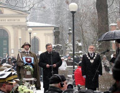 Tusk i Komorowski pożegnali Szymborską