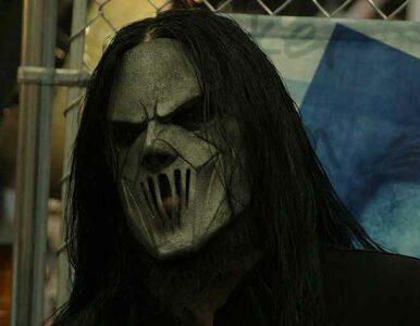 Muzyk zespołu Slipknot ugodzony nożem przez brata