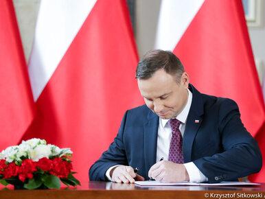 Dziewięć aktów prawnych z podpisem prezydenta. Wśród nich ustawy sądowe
