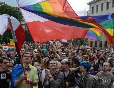 Wojewódzki sąd administracyjny: Konstytucja nie zabrania małżeństw...