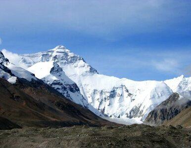 Tłok na Mount Everest. Władze Nepalu się boją