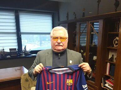 Lech Wałęsa pochwalił się koszulką FC Barcelony. Internauci są...