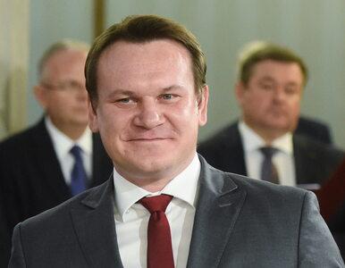 Dominik Tarczyński na spotkaniu noworocznym z prezydentem. Pokazał...