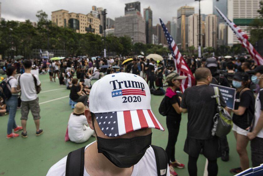 Protestujący w Hongkongu