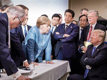 Zdjęcie ze szczytu G7 stało się hitem. Internauci wiedzieli, co z nim...
