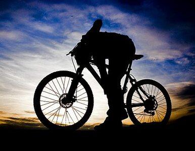 Powinien nie żyć, a jechał rowerem