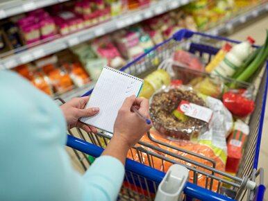 Polacy płacą więcej. Jak zagraniczne sieci handlowe robią nas w konia