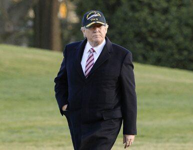 """""""Obama nie opuścił Białego Domu, jest w pobliżu i ma nożyczki!"""". Stephen..."""
