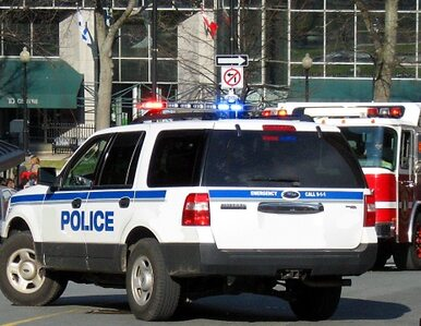 Policja zaatakowała nastolatka w jego domu. Myśleli, że to włamywacz