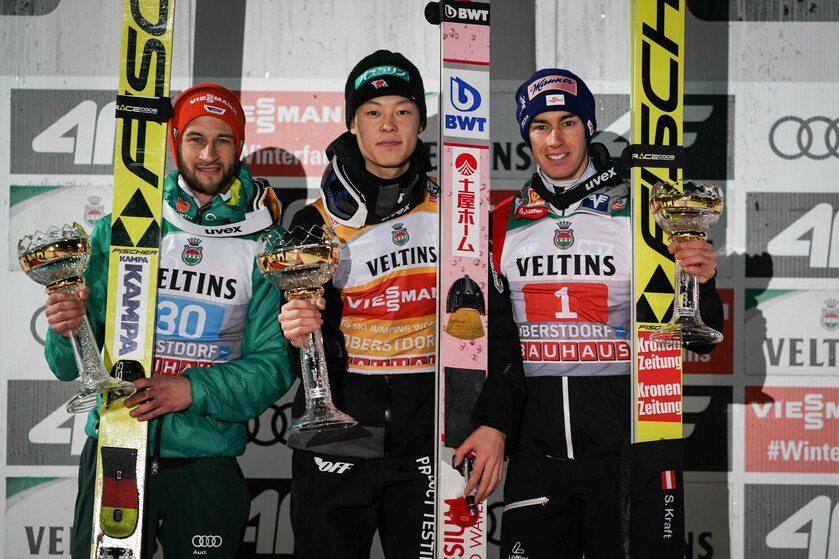 Podium w Oberstdorfie: Markus Eisenbichler, Ryoyu Kobayashi, Stefan Kraft